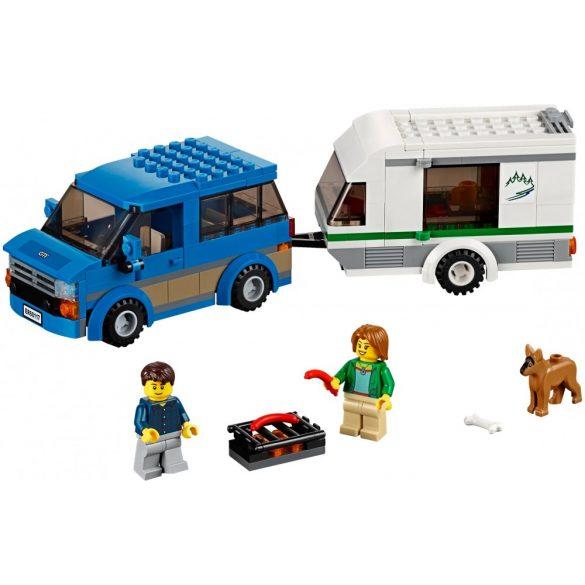 60117 Lego City Furgon és lakókocsi