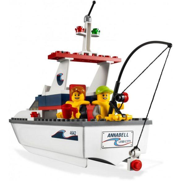 Lego 4642 City Halászhajó